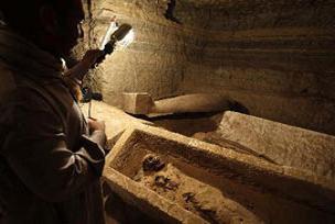 Mısır'da onlarca mumya bulundu.12185