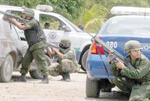 Meksika'da çatışma: 3'ü polis 12 ölü.15302