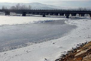 Kızılırmak'ta su seviyesi yükseliyor.12505