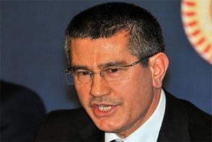 AKP'li canik, g�ndemdeki konular� de�erlendirdi.9063