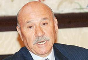 Özbek mektupla istifası gönderdi!.10077