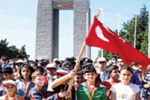 28 ülkenin çocukları Gelibolu'ya geliyor.15234