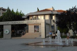 Gaziosmanpaşa'da gençlere yönelik merkez.11497