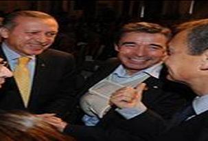 Erdoğan ile Rasmussen sohbet etti.31331
