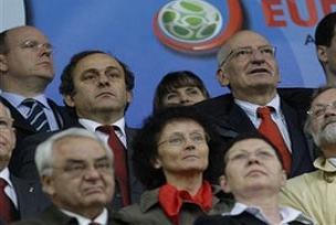 Michel Platini Şükrü Saraçoğlu'nu gezdi.13240