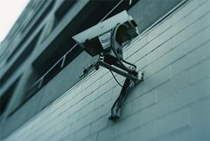 Bu da oldu, güvenlik kamerası çalındı!.11103