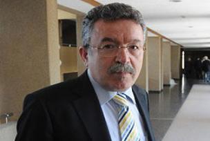 'İstanbul Üniversitesi bölünmeyecek'.9830