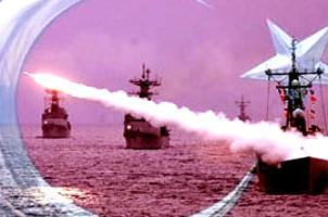 Savaş gemilerimiz korsanların peşinde.12403