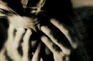 Baba depresyonda çocuk buhranda.8978