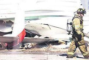 Florida'da 2 küçük uçak çarpıştı: 2 ölü.13562