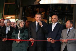 Erdoğan, Ankara'da otel açılışı yaptı.12749