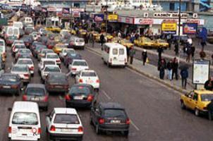 Mart'ta trafiğe 59,7 bin araç çıktı!.16962