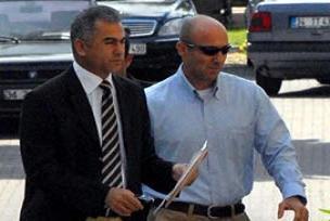 Yarbay Ecevit mahkemeye sevk edildi.12553