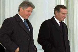 Bush ve Clinton forumda buluştu.9426