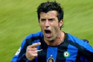 Luis Figo futbolu bırakıyor.9587