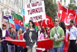 Türk Günü Yürüyüşü'nde dışkı skandalı.15230