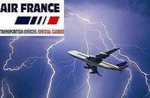 Air France uçağı havada parçalanmış.13616