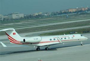 Başbakan uçağını Akman'a versin görelim.10149