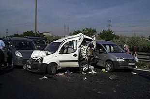 İstanbul'da zincirleme trafik kazası: 5 ölü.14061
