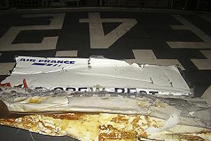 İşte uçak enkazından ilk fotoğraf.16410