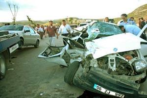 Başkentte kaza: 2'si ağır 6 yaralı.14261