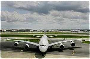 2 ayrı ülkede 2 uçak acil iniş yaptı.13085