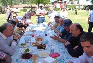 'Mühürlü' tesisten AK Parti'ye jest.17607