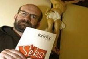 Papaz�n cinsellik kitab� ortal��� y�kt�.9677