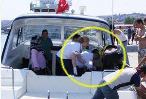 Sürat teknesiyle doğumhaneye.15569
