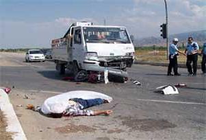 Artvin'de trafik kazası: 1 ölü.12432