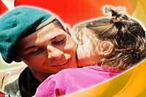 TSK'dan 'babalar günü' afişleri.12266