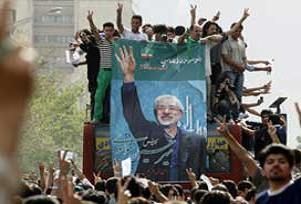 Musavi, hükümeti grevle tehdit etti.15288