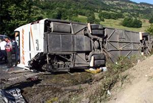 Amasya'da facia gibi kaza: 5 ölü 46 yaralı.18504