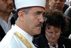 Türkan Saylan'ın imamı siyasete giriyor.11803