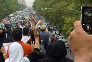 İran'da Büyükelçilik çalışanları serbest.12220