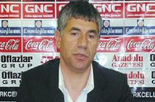 Giray Bulak Trabzon'u üzecek.16908