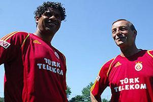 Galatasaray'da Rijkaard kanunları.12689