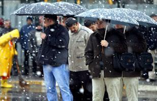 İstanbul'da piknikçileri dolu yağışı vurdu.16801