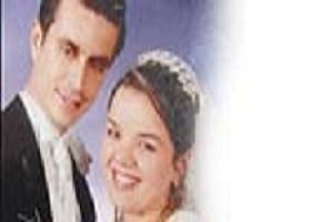 Evli kadını telle boğup yakıp öldürdüler.6971