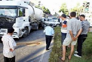 Nazilli'de trafik kazası: 1 ağır yaralı.16511