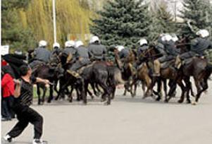 Kırgızistan'da 'aşırı dinci' operasyonu.14145