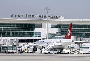 Atatürk Havalimanı'nda yoğunluk.13995
