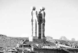 İnsanlık Anıtı için son karar Günay'da.9150