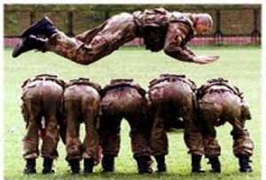 Suça karışan gençlere askeri kamp!.15402