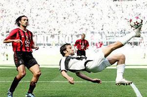 Milan 2 süper golcünün peşinde.16984