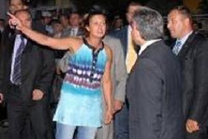 İşsiz kızın Cumhurbaşkanı Gül'e tepkisi.11615