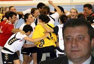 TRT, Hentbol Federasyonu'nu deli etti!.16007