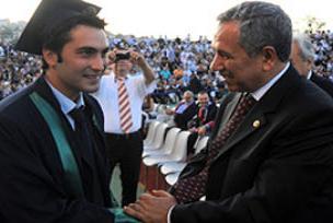 Arınç'ın oğlu siyasate açık kapı bıraktı.12621