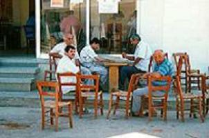 Sigara yasağı kahvehaneleri kapatabilir.13930