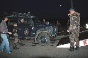 Kars'ta Özel Harekat aracı kaza yaptı: 3 yaralı.11782